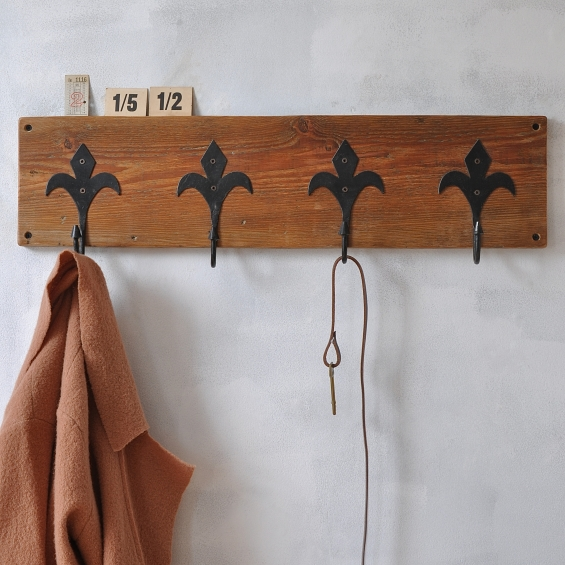 Fleur De Lis Reclaimed Coat Hook